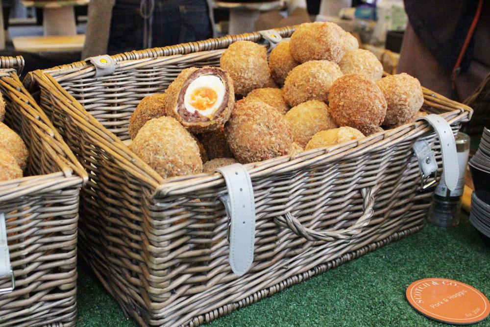 Huevos Escoceses Platillo Crocante
